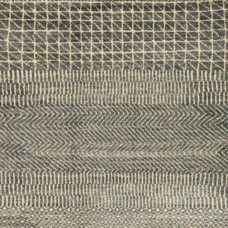 Minimalist Contemporary Persian Area Rug, Gray and Cream in Pure Wool For Sale 2