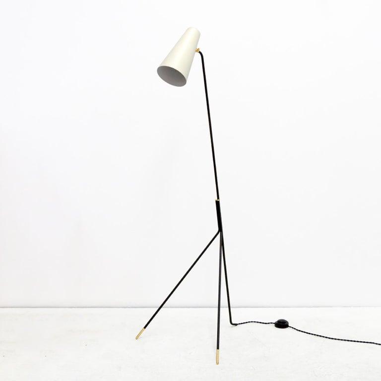 Organic Modern Minimalist Floor Lamp 'Apex' by Gallery L7 For Sale
