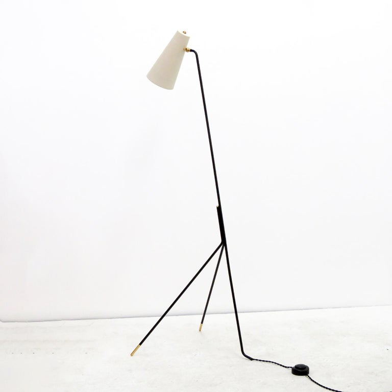 Powder-Coated Minimalist Floor Lamp 'Apex' by Gallery L7 For Sale