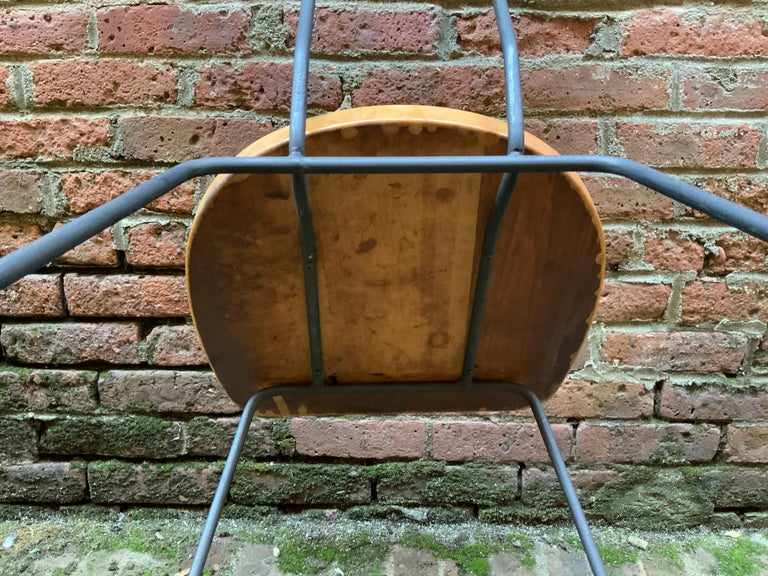 Minimalist Iron and Maple Chair in the Manner of Luther Conover For Sale 3