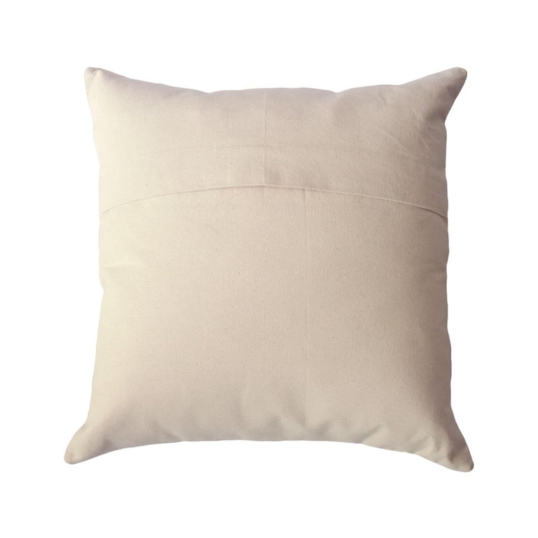 Minimalist Madison Square Hand Embroidered Modern Geometric Throw Pillow Cover In New Condition For Sale In Westfield, NJ
