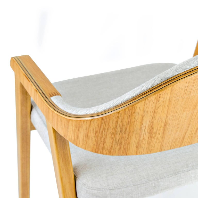 Contemporary Minimalist Modern Armchair in solid wood, Brazilian Design For Sale