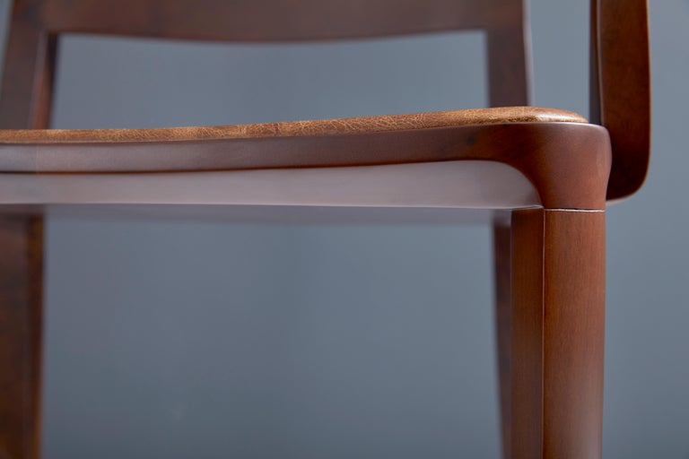 Minimalist modern Chair in natural solid wood upholstered textile seating In New Condition For Sale In Sao Paolo, SP