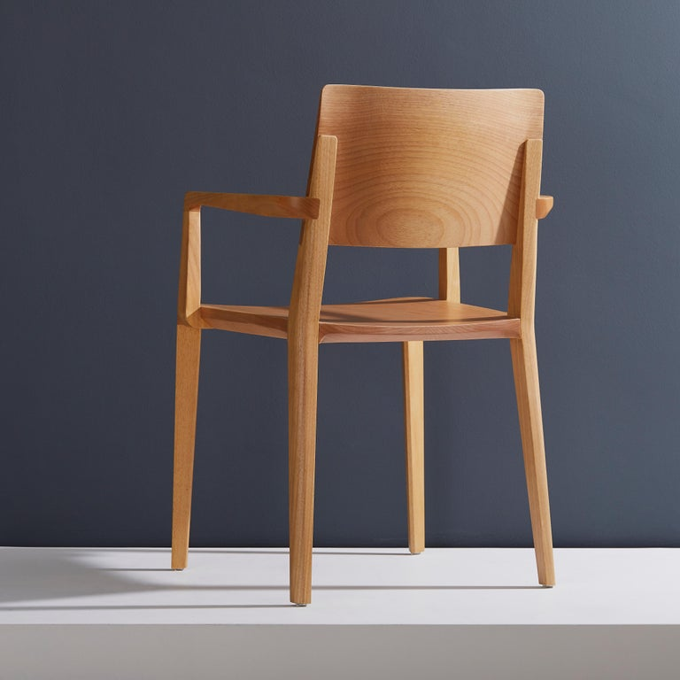Minimalist Modern Chair in Natural Solid Wood with Arms In New Condition For Sale In Sao Paolo, SP