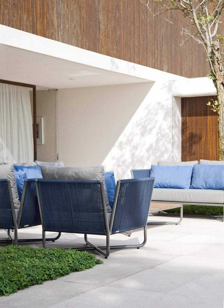 Minimalist Modern Outdoor Armchair, Metal with Nautical Rope Pattern In New Condition For Sale In Sao Paolo, SP