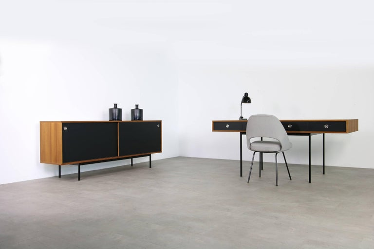 Minimalist Nathan Lindberg Design Teak and Metal Writing Table Mod. NL40 Black For Sale 5