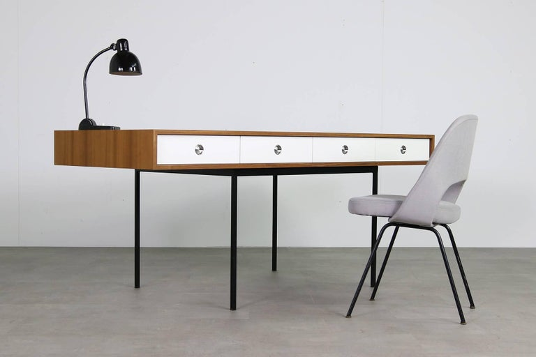 Minimalist Nathan Lindberg Design Teak and Metal Writing Table Mod. NL40 Black For Sale 7