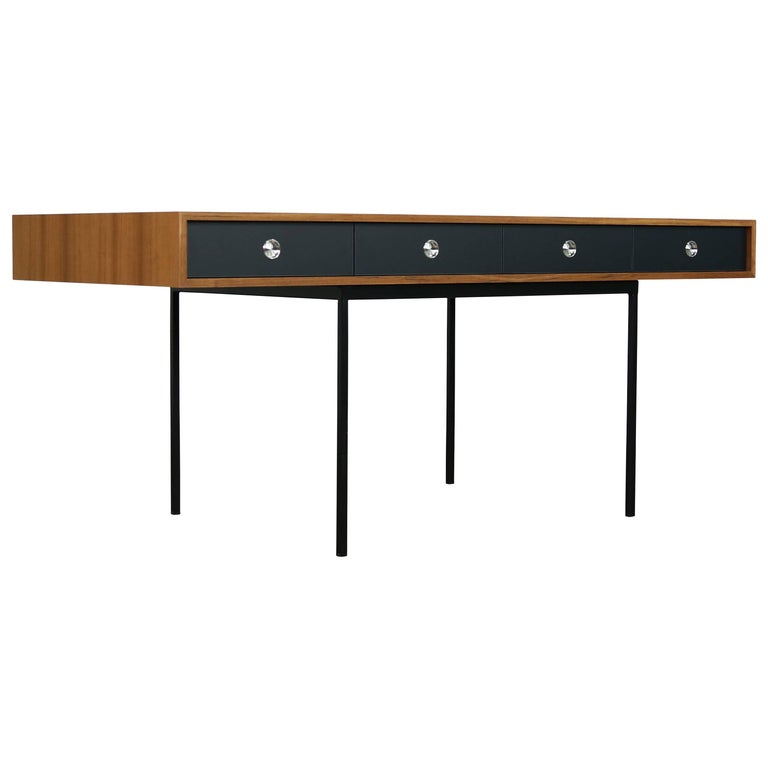 Modern Minimalist Nathan Lindberg Design Teak and Metal Writing Table Mod. NL40 Black For Sale