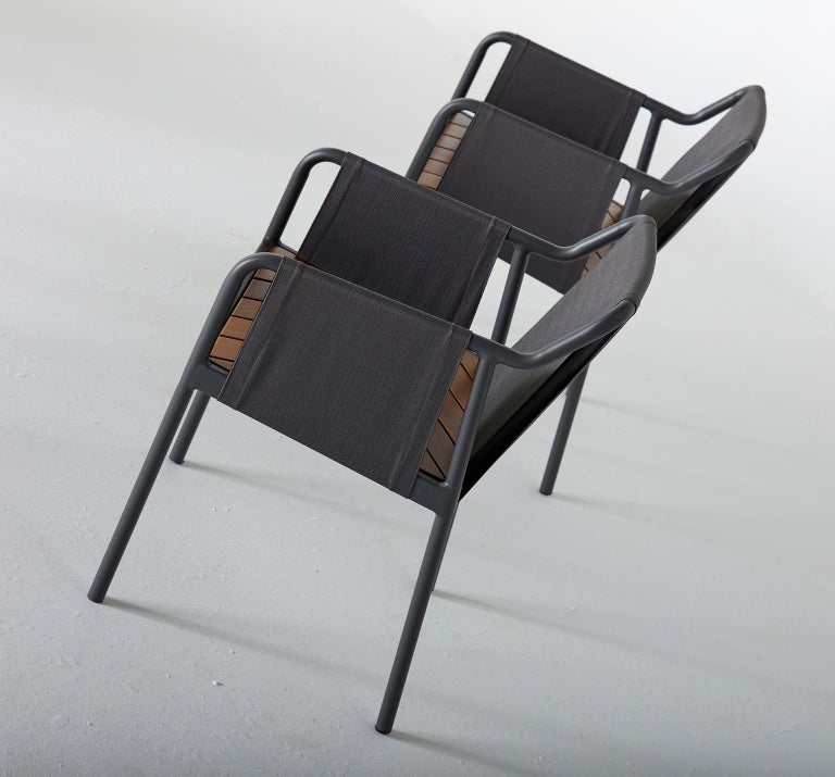 Minimalist Outdoor Armchair in Metal and solid wood For Sale 2