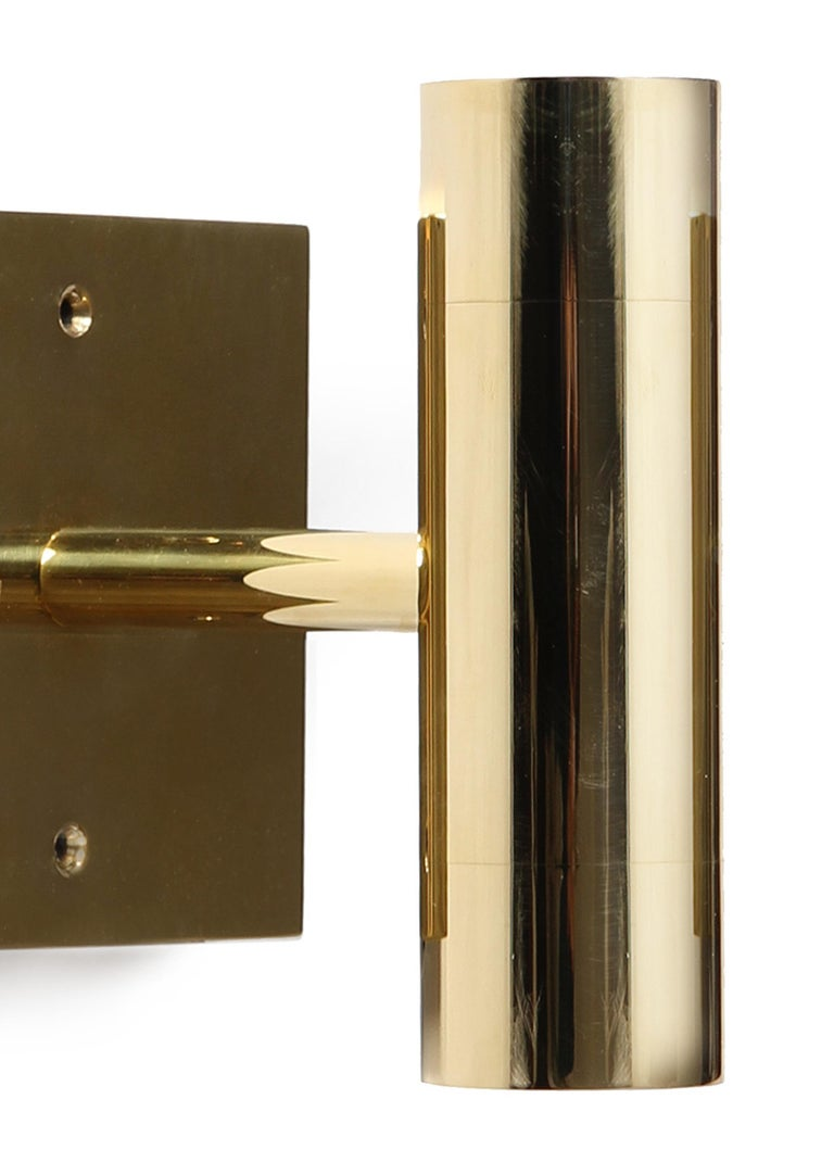 Wyeth Original Minimalist Polished Brass Wall Sconce In Excellent Condition For Sale In Sagaponack, NY