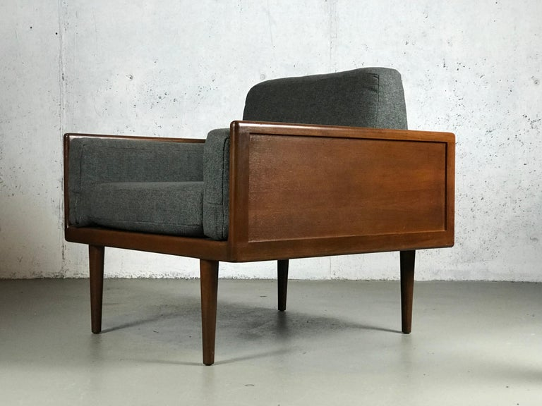 Minimalist Sofa and Lounge Chair by Mel Smilow for Smilow-Thielle For Sale 8