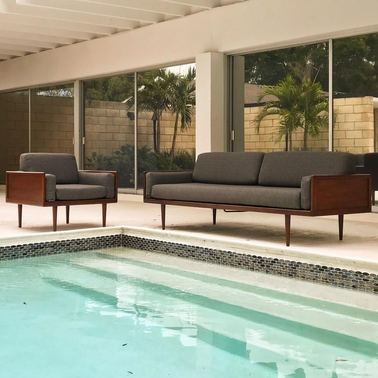 American Minimalist Sofa and Lounge Chair by Mel Smilow for Smilow-Thielle For Sale