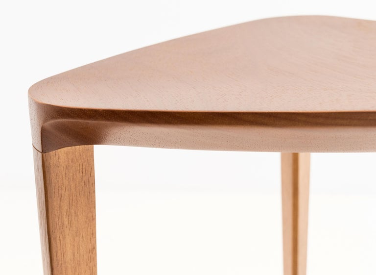 Minimalist Style, Stool in Natural Solid Wood In New Condition For Sale In Sao Paolo, SP