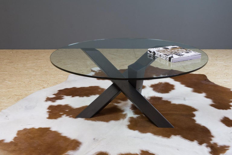 Minimalistic and Modern Round Coffee Table Glass on Dark Oak Tripod In New Condition For Sale In Beek en Donk, NL