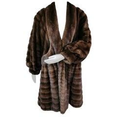 Unused demi buff wide sweep swing Mink fur coat size 10-12