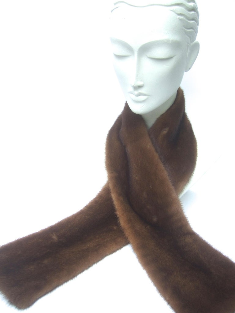 Women's Mink Fur Plush Collar Designed by Pologeorgis from Neiman Marcus c 1990s For Sale