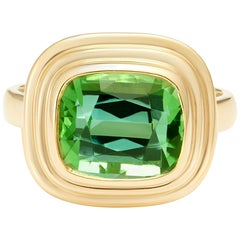 Vivid Green 5.70 Carat Tourmaline Gold Cocktail Ring