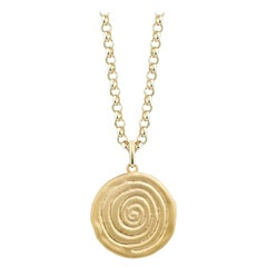 9 Karat Yellow Gold Infinity Spiral Disc Necklace with Chain