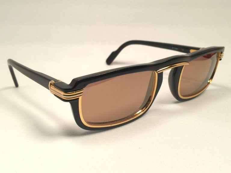 New Cartier Vertigo Gold and Black 52MM Sunglasses France, 1991 For Sale 1