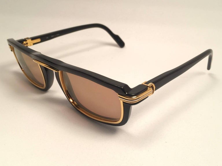 New Cartier Vertigo Gold and Black 52MM Sunglasses France, 1991 For Sale 2