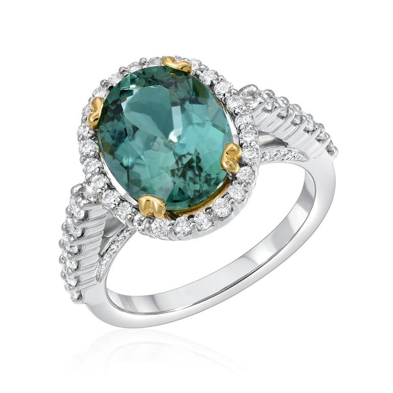 Modern Green Tourmaline Ring Oval 4.48 Carats For Sale