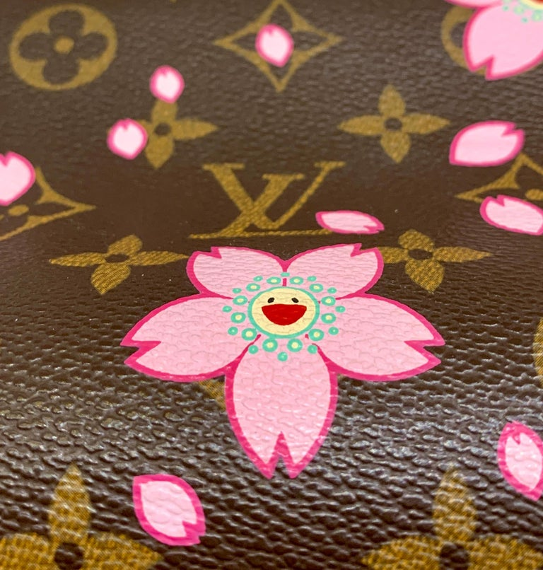 Mint Louis Vuitton Takashi Murakami Limited Edition Retro Cherry Blossom Purse  In Excellent Condition For Sale In Tustin, CA