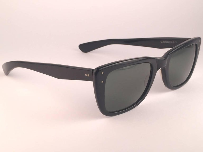Mint Ray Ban Caribbean 1960's Mid Century Black G15 Lenses B&L USA Sunglasses In Excellent Condition For Sale In Amsterdam, Noord Holland