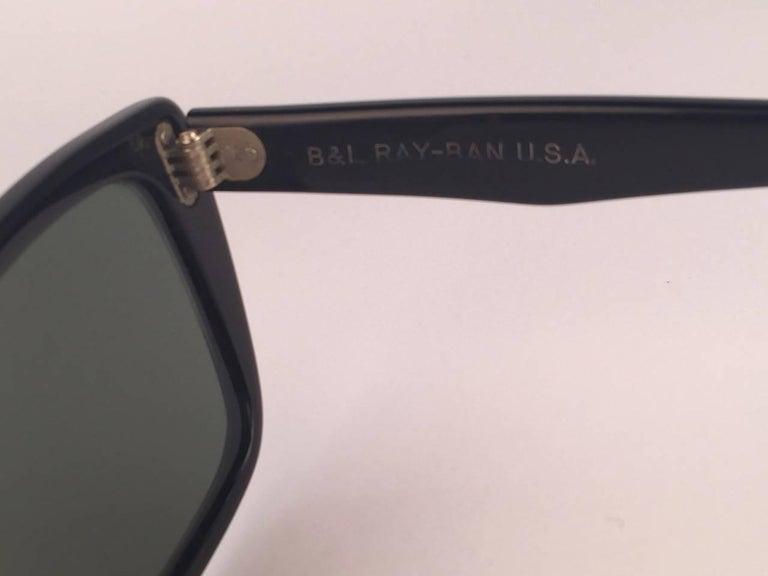 Women's or Men's Mint Ray Ban Caribbean 1960's Mid Century Black G15 Lenses B&L USA Sunglasses For Sale