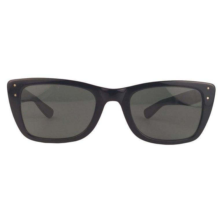 Mint Ray Ban Caribbean 1960's Mid Century Black G15 Lenses B&L USA Sunglasses For Sale