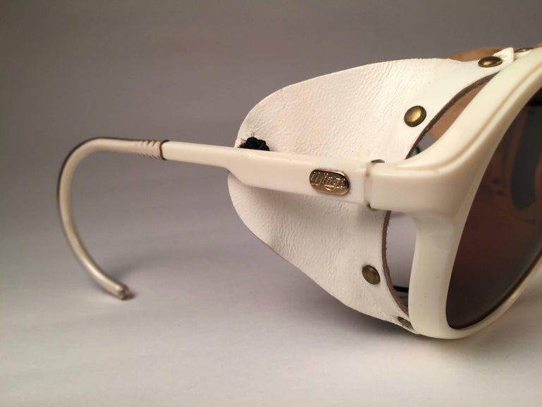 Mint Vintage Ray Ban B&L Wings White Side Cups Double Mirror Lenses Sunglasses  In New Condition For Sale In Amsterdam, Noord Holland