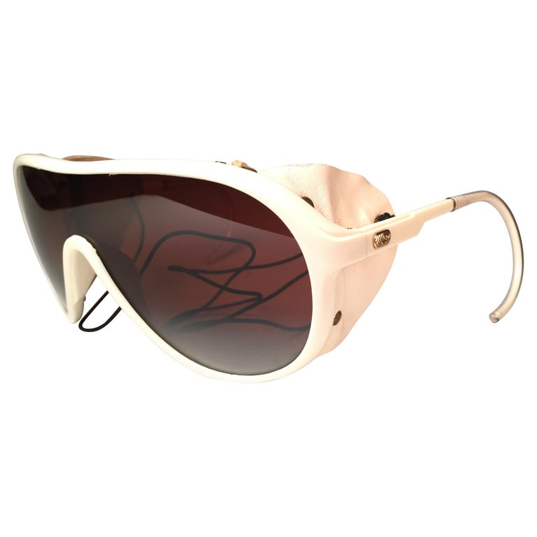 Mint Vintage Ray Ban B&L Wings White Side Cups Double Mirror Lenses Sunglasses  For Sale
