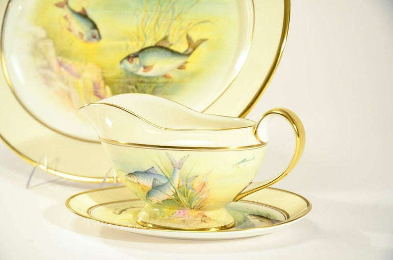 Minton Hand Painted Artist Signed Fish Service with Platter, 12 Plates and Gravy For Sale 8
