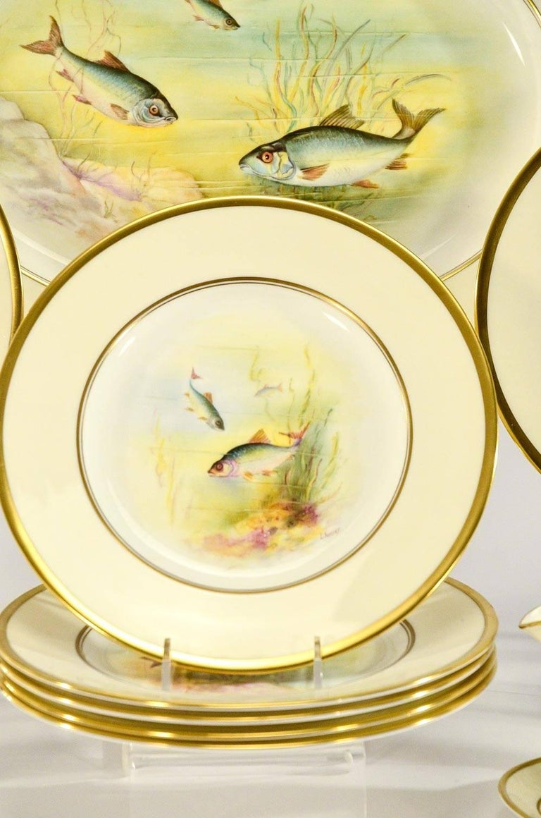 Minton Hand Painted Artist Signed Fish Service with Platter, 12 Plates and Gravy For Sale 2