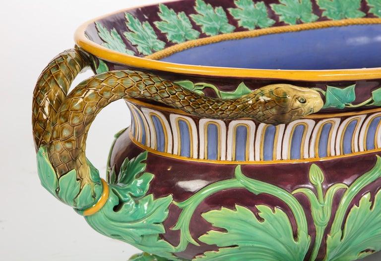 Minton Majolica Aubergine-Ground 'Marochetti' Cistern, Mid-19th Century For Sale 6