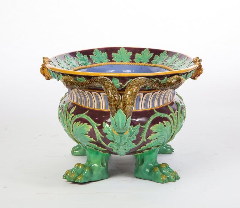 Minton Majolica Aubergine-Ground 'Marochetti' Cistern, Mid-19th Century For Sale 8