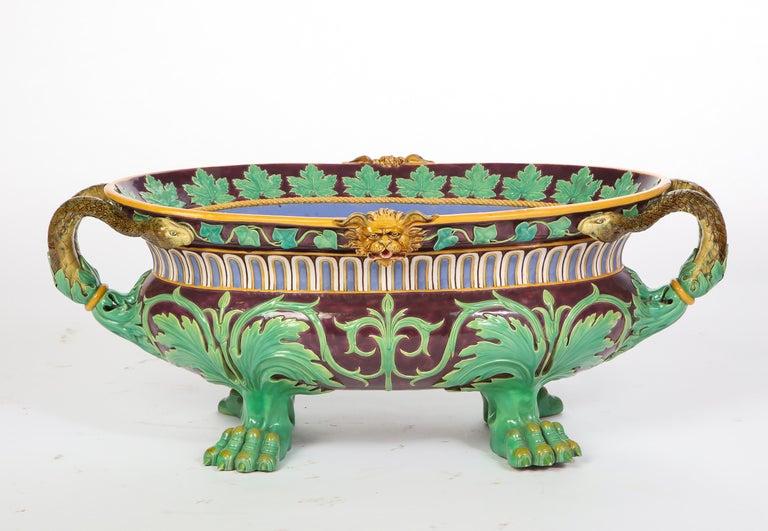 Minton Majolica Aubergine-Ground 'Marochetti' Cistern, Mid-19th Century For Sale 10