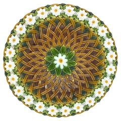 Minton Majolica Platter with Lattice Work and Daisy Chain Border, Dated 1880