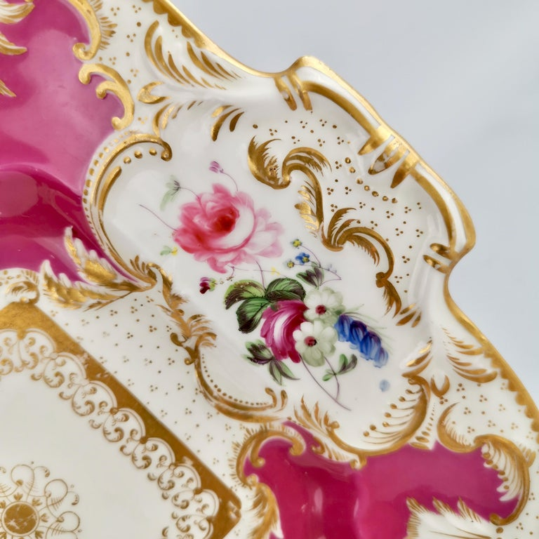 Minton Porcelain Cake Plate, Maroon with Flowers, Rococo Revival, ca 1830 In Good Condition For Sale In London, GB