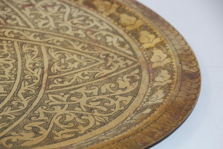 Moroccan Antique Round Brass Tray For Sale 3