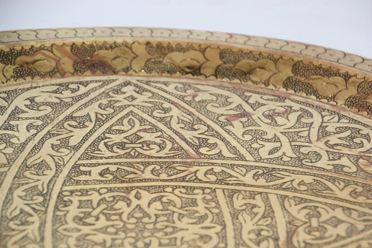 Moroccan Antique Round Brass Tray For Sale 4