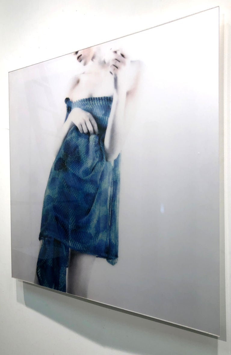 Azul Azul, figurative and feminine photography, Mira Loew, Bright Bodies series For Sale 2