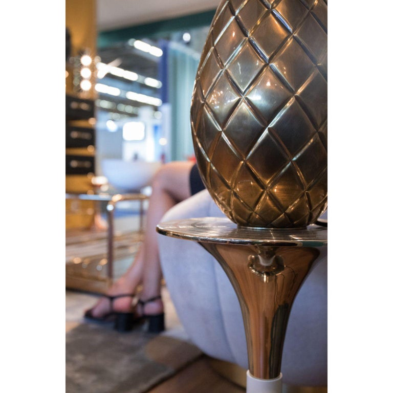 Miranda Pineapple Table Lamp in Brass For Sale 2