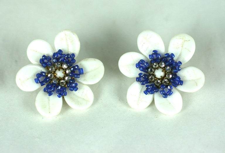 Miriam Haskell Milk Glass Flower Earrings In Excellent Condition For Sale In Riverdale, NY