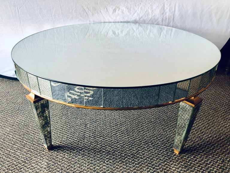 Late 20th Century Mirrored Circular Art Deco Style Coffee or Low Table For Sale
