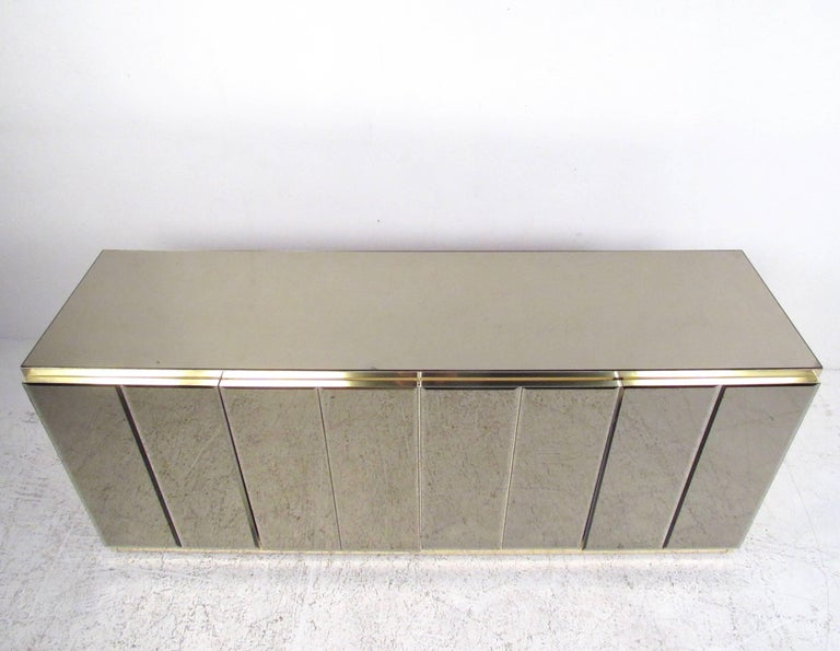 Mid-Century Modern Mirrored Credenza Cabinet in the Style of Ello For Sale