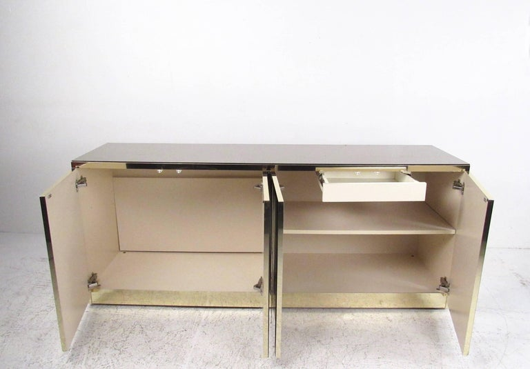 Mirrored Credenza Cabinet in the Style of Ello In Good Condition For Sale In Brooklyn, NY