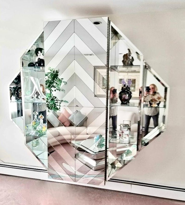 Mirrored Octagonal Wall-Mounted Bar Cabinet For Sale 3
