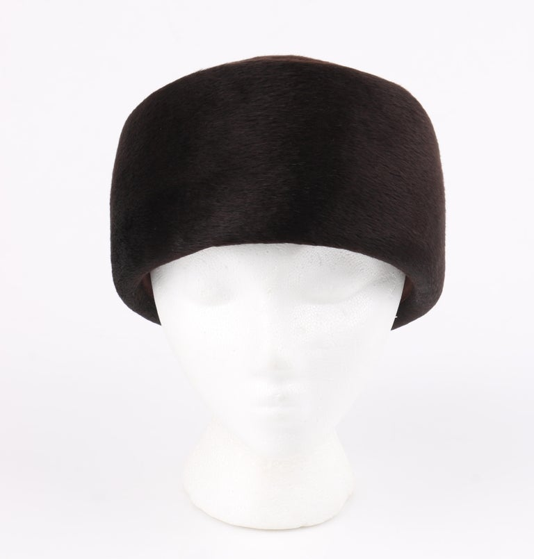 Miss Dior CHRISTIAN DIOR c.1960's Marc Bohan Dark Brown Felted Fur Pillbox Hat  In Good Condition For Sale In Thiensville, WI