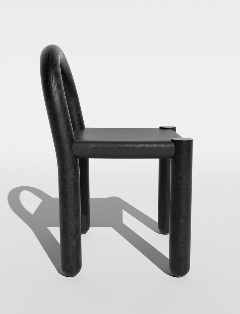 Hand-Crafted Missa Chair in Leather and Hardwood by Pedro Paulo Venzon