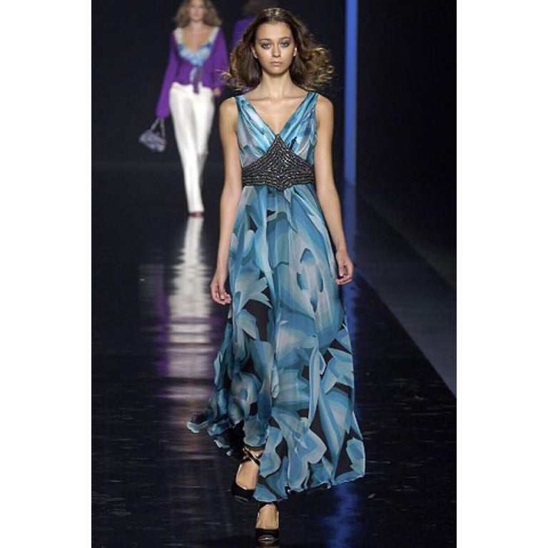 Missoni Blue Printed Plunge Neck Sleeveless Silk Crystal Gown, 2006 For Sale 2